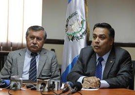 Édgar Ovalle, uno de los fundadores de FCN-Nación, en esta foto junto a Javier Hernández, jefe de bancada. (Foto Prensa Libre: Hemeroteca PL)