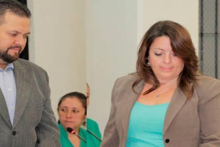 Los dos sindicados de haber intentado matar a un comunicador, en Quetzaltenango. (Foto Prensa Libre: María José Longo).