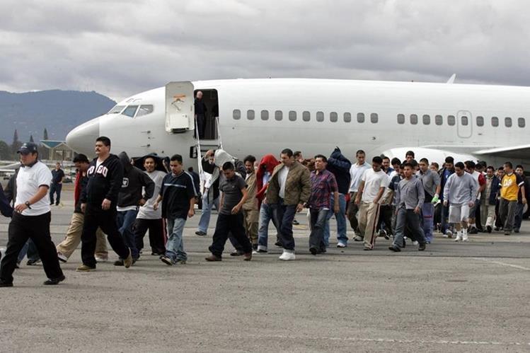 Hasta el 30 de septiembre recién pasado, EE.UU. deportó a 227 mil 38 indocumentados.