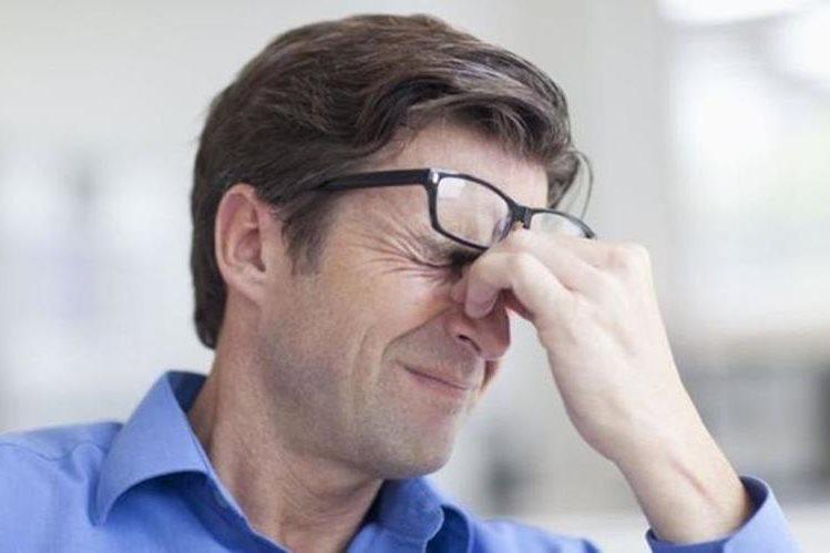 Confusión y debilidad repentina están entre los síntomas de un miniderrame cerebral. (THINKSTOCK)
