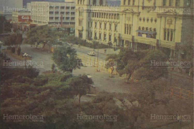 07/02/1984 Inicia la remodelación del parque Central, tendrá lugares para el estacionamiento de cerca de 700 vehículos.( Foto: Hemeroteca PL)