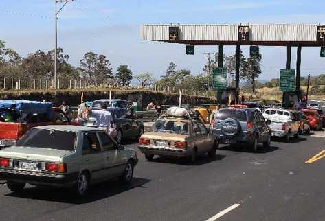 EL Peaje en la autopista Palín-Escuintla podría generar ganancias de hasta Q5 mil millones en los próximos 10 años, según diputados oficialistas.