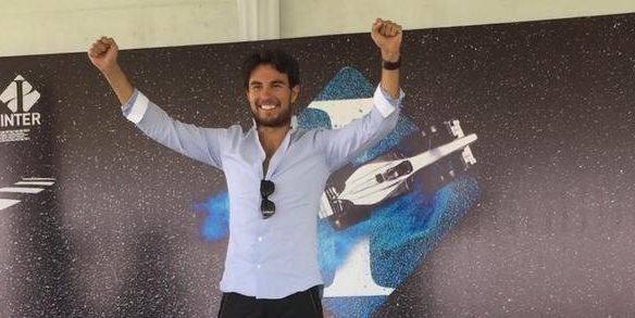 Sergio Pérez se siente motivado para la próxima carrera de Fórmula 1. (Foto Prensa Libre: Twitter Sergio Pérez)
