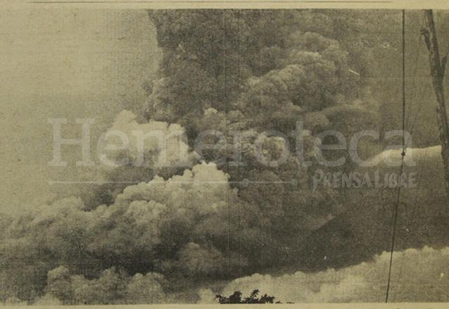 Vista de la gran erupción del Volcán de Fuego el 14/09/1971. (Foto: Hemeroteca PL)