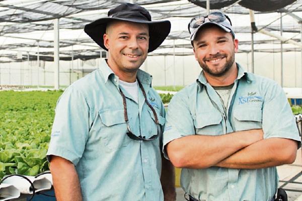Rodrigo y  Miguel Molina, de Asigreens, esperan aumentar producción en el corto plazo.