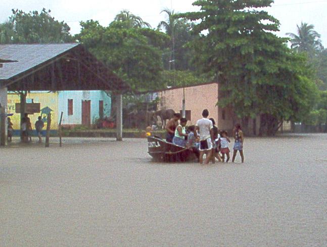 En Escuintla comunidades han sido evacuadas por inundaciones causadas por la lluvia.(Foto Prensa Libre: Hemeroteca PL).