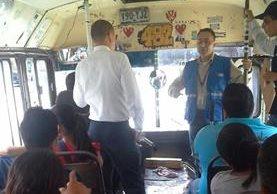 Defensoría de los Usuarios del Transporte realiza monitoreo en unidades. (Foto Prensa Libre: @PDHgt)