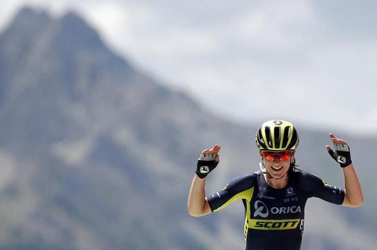 Annemiek van Vleuten, al momento de ganar la primera etapa de La Course. (Foto Prensa Libre: AP)