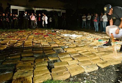 Vecinos afirman que incineración de drogas ha afectado a su salud. (Foto Prensa Libre: Archivo)