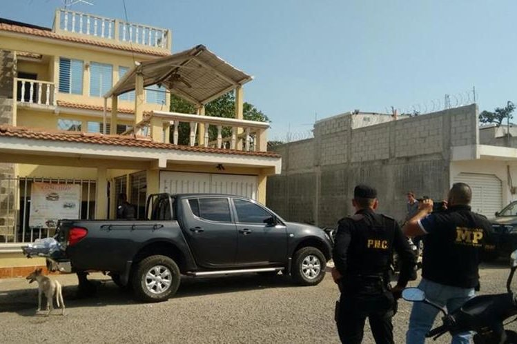 Residencia donde permanecía secuestrado el comerciante ganadore, en Barberena, Santa Rosa. (Foto Prensa Libre: Oswaldo Cardona)