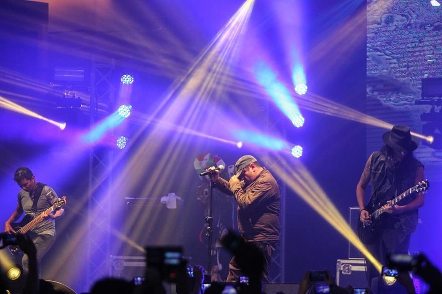 Viernes Verde ofrece conciertos en los que cuenta con el respaldo de miles de seguidores. (Foto Prensa Libre, Keneth Cruz)