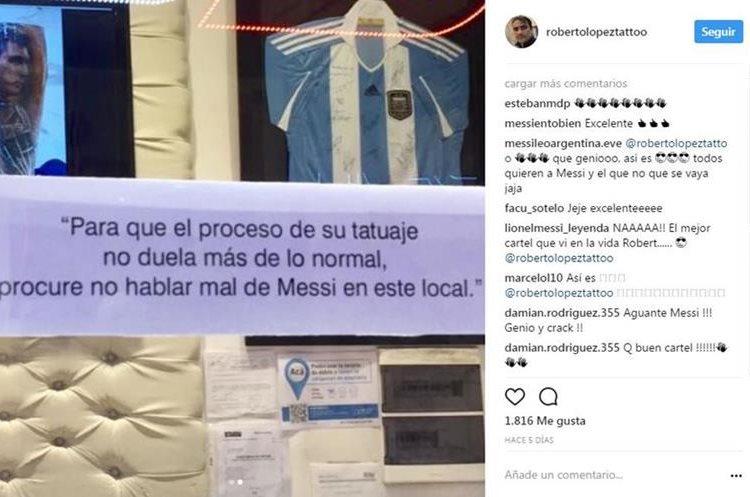 Ronaldinho y otras ex figuras del Barca invitados especiales de Messi