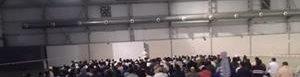 Musulmanes se reúnen.