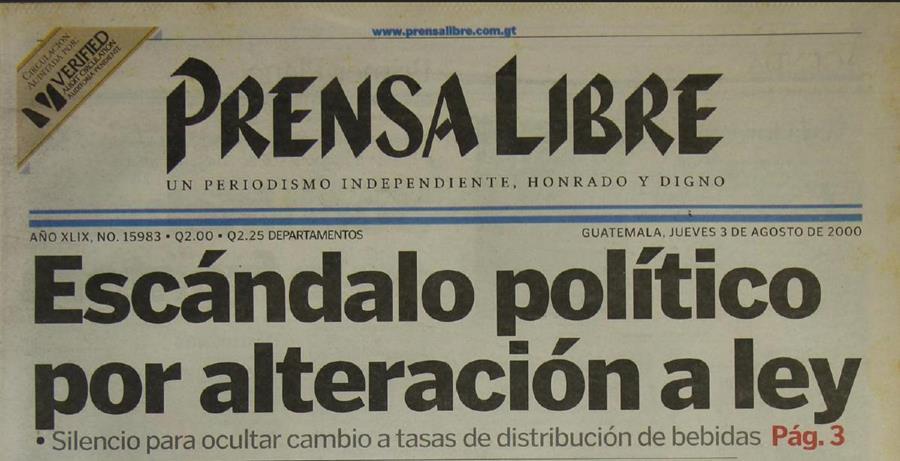 El 3 de agosto de 2000 sale a la luz un escándalo político por alteración a ley en el gobierno del FRG. (Foto: Hemeroteca PL)
