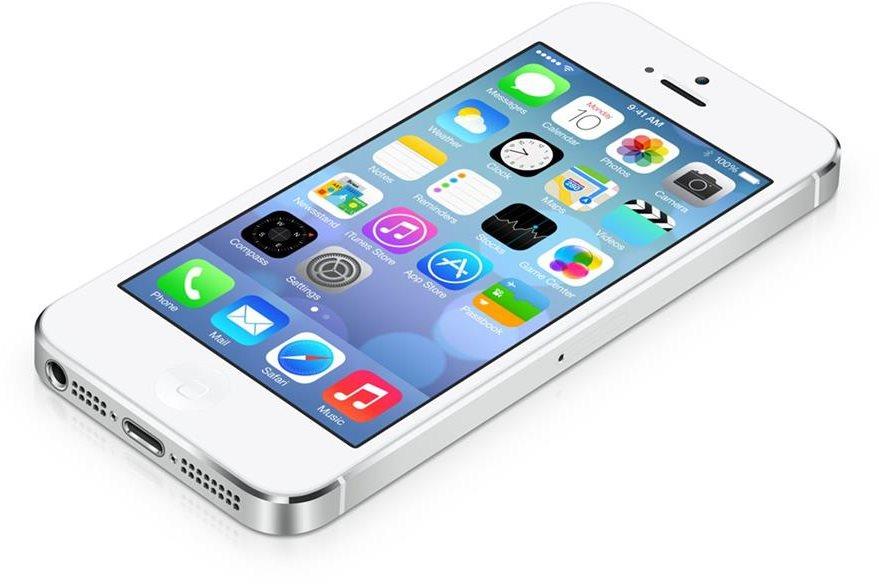 iOS 7 cambio totalmente el diseño en el que había trabajado durante años Steve Jobs. (Foto Prensa Libre: Tomado de Apple).