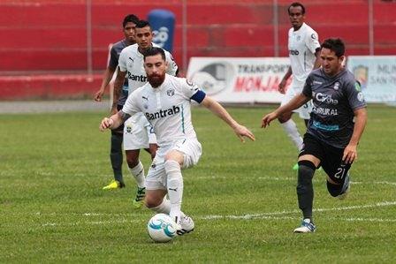 Carchá cosechó un empate 1-1 contra los cremas en el último partido disputado en casa como equipo de la Liga Nacional. (Foto Prensa Libre: Norvin Mendoza).