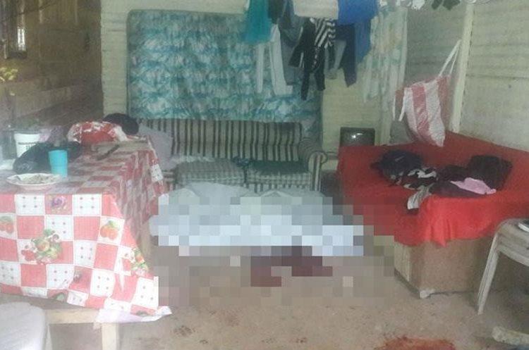 En esta casa de Fraijanes murieron baleadas dos personas. (Foto: PMT Fraijanes)