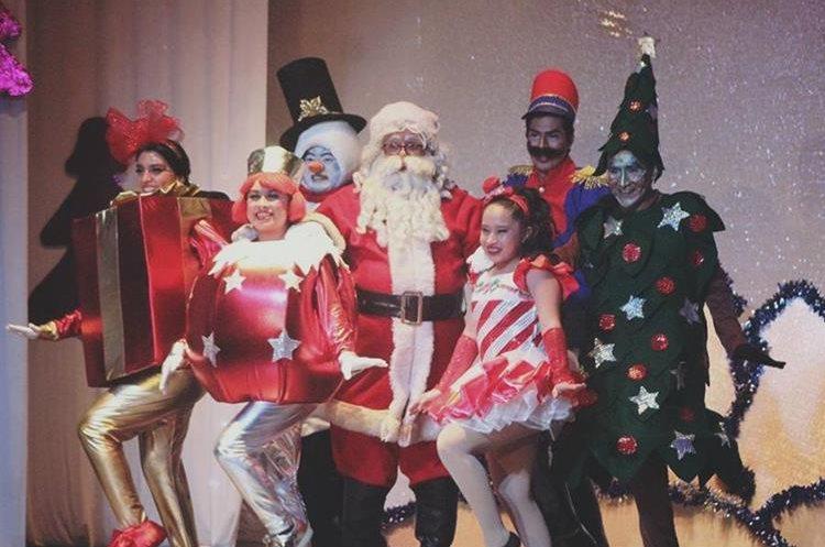 Varios personajes participan en la obra que se presentará el próximo domingo 10 de diciembre. (Foto Prensa Libre: Cortesía UP)