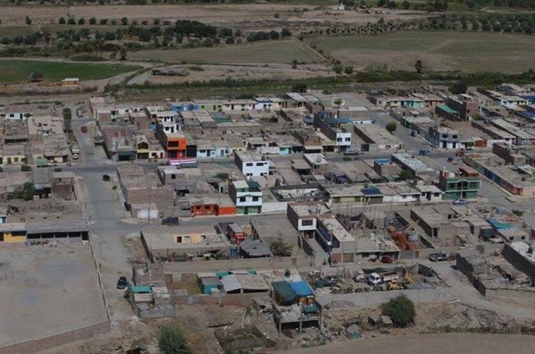 Ana vista aérea en la zona afectada por sismo en Arequipa, Perú. (EFE).