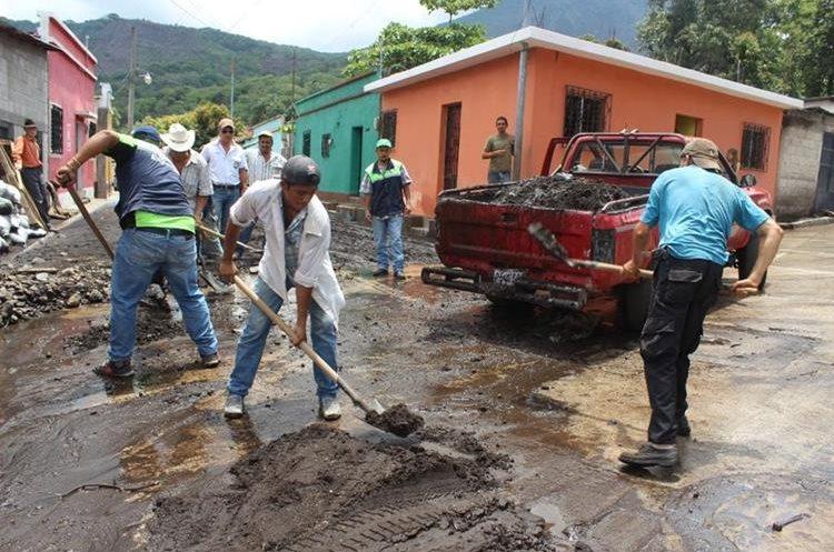 Resultado de imagen para deslave en Huehuetenango produce trágico alud en Guatemala