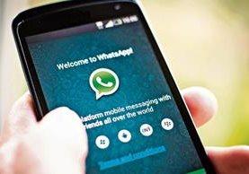 Con más de 30 mil millones de mensajes enviados por día, WhatsApp es el servicio de chat más popular. (Foto Prensa Libre: Hemeroteca PL).