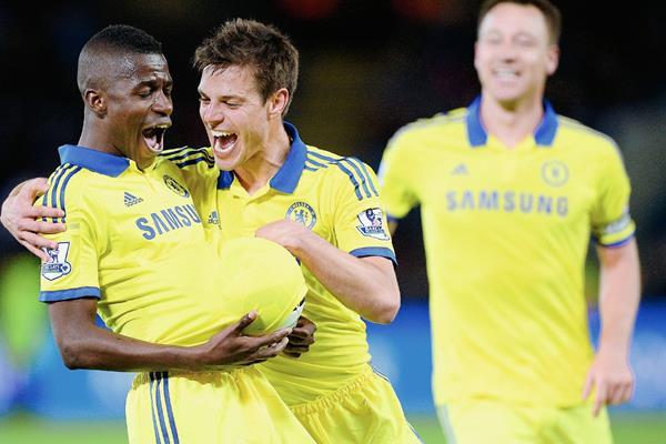 Ramires espera volver a festejar este sábado con el Chelsea. (Foto Prensa Libre: AFP).