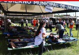 El simulacro tuvo como finalidad orientar a los estudiantes.(Foto Prensa Libre: Hugo Oliva.)