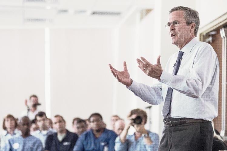 El precandidato republicano Jeb Bush, emitió duras críticas en contra de la decisión de abrir la embajada de EE. UU. en Cuba. (Foto Prensa Libre: AFP).
