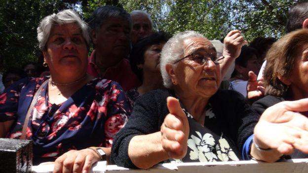Las acusaciones en contra del obispo han dividido a los fieles de Osorno. (Foto: Francisco Jiménez de la Fuente)