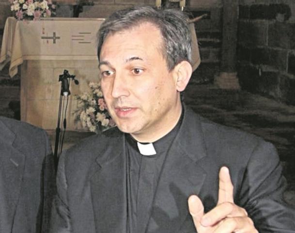 El sacerdote Ángel Vallejo, en una fotografía de archivo del 2007. (Foto Prensa Libre: Hemeroteca PL).