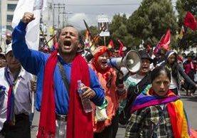 <em>&nbsp;Indígenas que marchan en protesta contra el Gobierno ecuatoriano.</em>