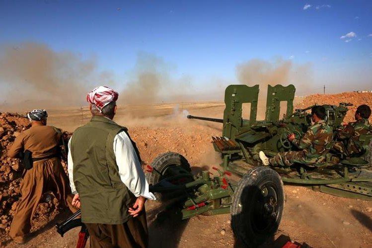 Los kurdos iraquíes avanzan contra el Estado Islámico. (Foto Prensa Libre: AFP)