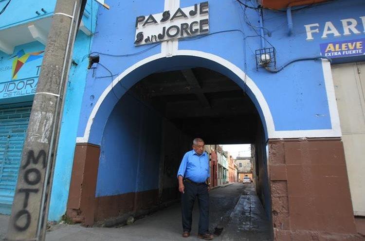 Pasaje San Jorge entre la 11 y 12 avenidas.(Prensa Libre: Esbin García)