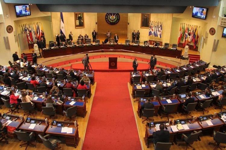 El Congreso salvadoreño, durante una sesión plenaria. Los legisladores se encuentran divididos por la propuesta de legalizar el aborto. (Foto: Asamblea Nacional Legislativa de El Salvador).