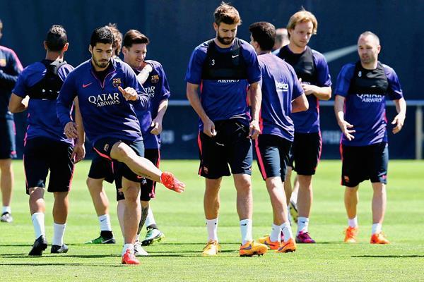 El equipo de Luis Enrique sabe de la importancia del juego del domingo ante el Atlético. (Foto Prensa Libre: EFE)