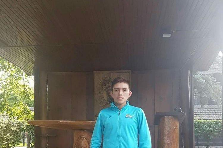 Barrondo durante su campamento en Polonia previo al Mundial de Atletismo en Londres. (Foto Prensa Libre: Hemeroteca PL)