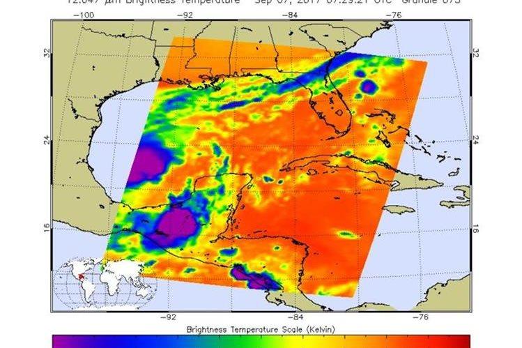 Imagen de satélite del Centro Nacional de Huracanes de Estados Unidos muestra los efectos indirectos de Katia. (Foto Prensa Libre: @NHC_Atlantic)