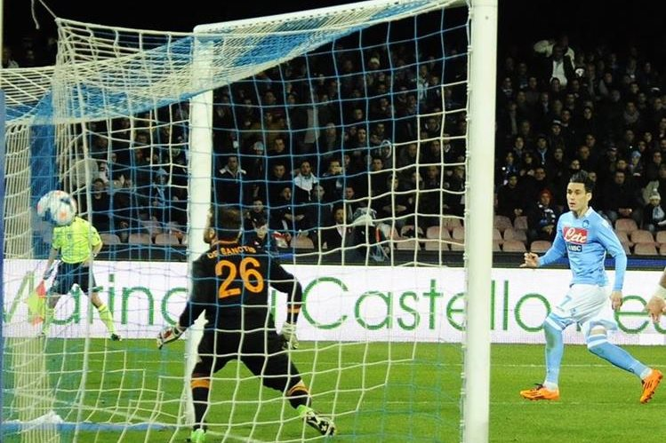 El jugador español del Nápoles José Callejón aseguró este viernes que ama esa ciudad italiana. (Foto Prensa Libre: Hemeroteca PL)