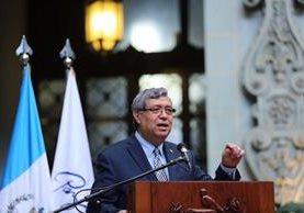 El vicepresidente Jafeth Cabrera, marcó distancia de las decisiones tomadas por el partido oficial y el Presidente. (Foto Prensa Libre: Cortesía Vicepresidencia)