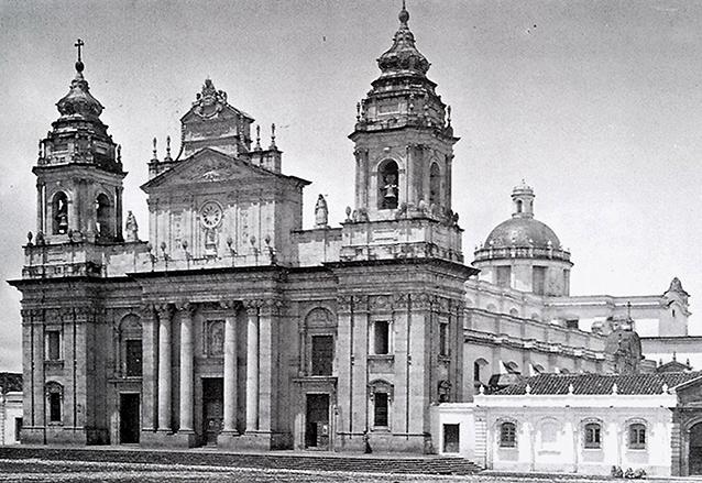 Aspecto de la Catedral antes de 1917. (Foto: Hemeroteca PL)