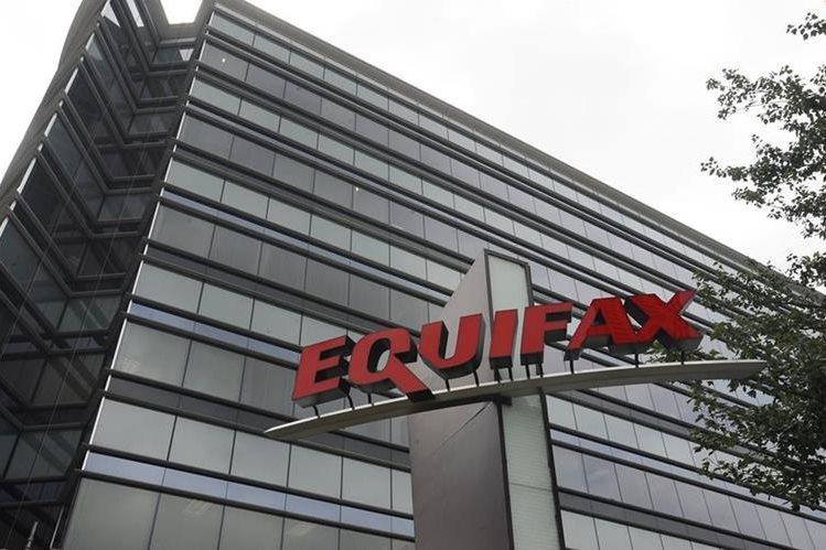 Empresa crediticia Equifax CON SEDE EN Atlanta sufrió ataque informático que afecta a millones de clientes.