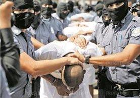 Los gobiernos del Triángulo Norte, Guatemala, Honduras y El Salvador, lanzaron en septiembre pasado una fuerza conjunta contra el crimen. (Foto Prensa Libre: Hmeroteca PL)