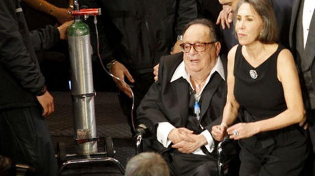 Roberto Gómez Bolaños y Florinda Meza y durante un homenaje dedicado al comediante en el 2011. (Foto Prensa Libre: Hemeroteca PL)