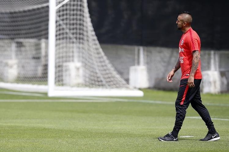 Arturo Vidal podrá volver a la cancha contra Uruguay. (Foto Prensa Libre: EFE)
