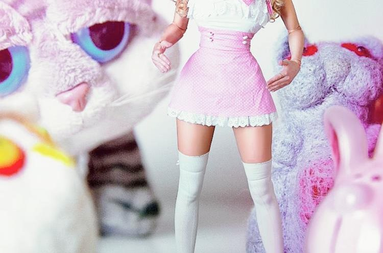 Angelica Kenov ha sido vestida como una Barbie desde su nacimiento (Foto: Hemeroteca).
