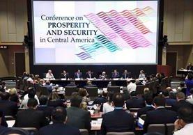 Jefes de gobierno de Estados Unidos, México y triángulo norte de Centroamérica inician actividades en Conferencia para la Prosperidad y Seguridad. (Foto Prensa Libre: Gobierno de Guatemala)
