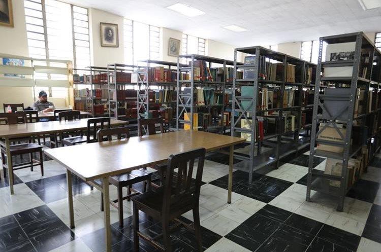 La Biblioteca Nacional de Guatemala tiene seis salas de consulta. (Foto Prensa Libre: Ana Lucía Ola)