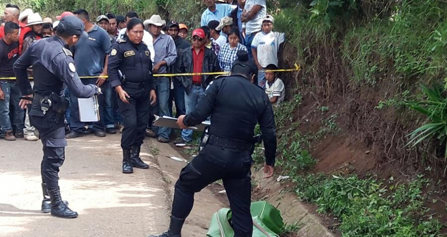 Lugar donde murió Felipe David Munguía Jiménez, en Jalapa. (Foto Prensa Libre: Hugo Oliva).
