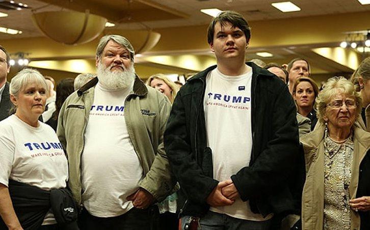 Esta es la imagen de referencia para las personas que quieran aplicar a ser partidarios de Trump en el video de Legend. (Foto Prensa Libre: TMZ).