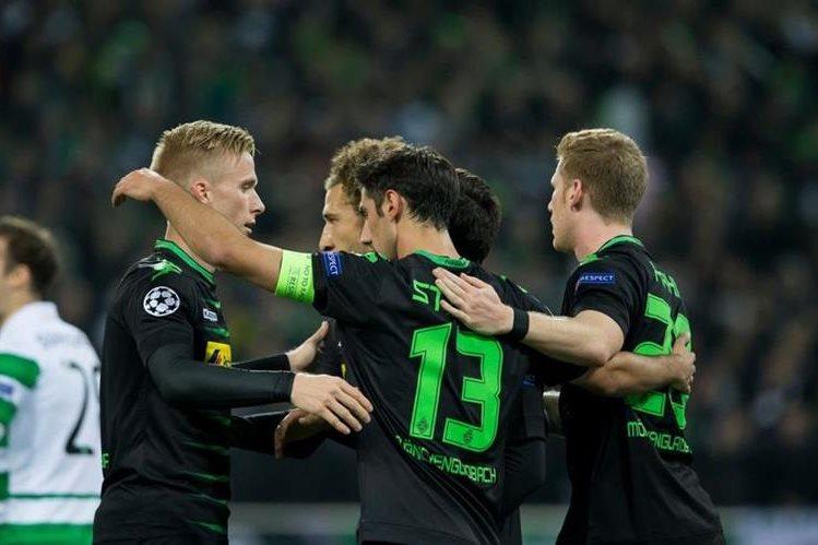 El Borussia de Monchengladbach empató en casa 1-1 contra el Celtic en la cuarta jornada de la Liga de Campeones de Europa. (Foto Prensa Libre: EFE)